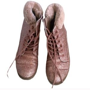 Justice pink glitter boots with fur collar Size 7